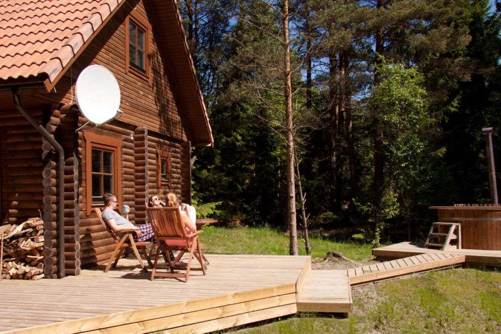 metsamaja saunaga puhkemaja