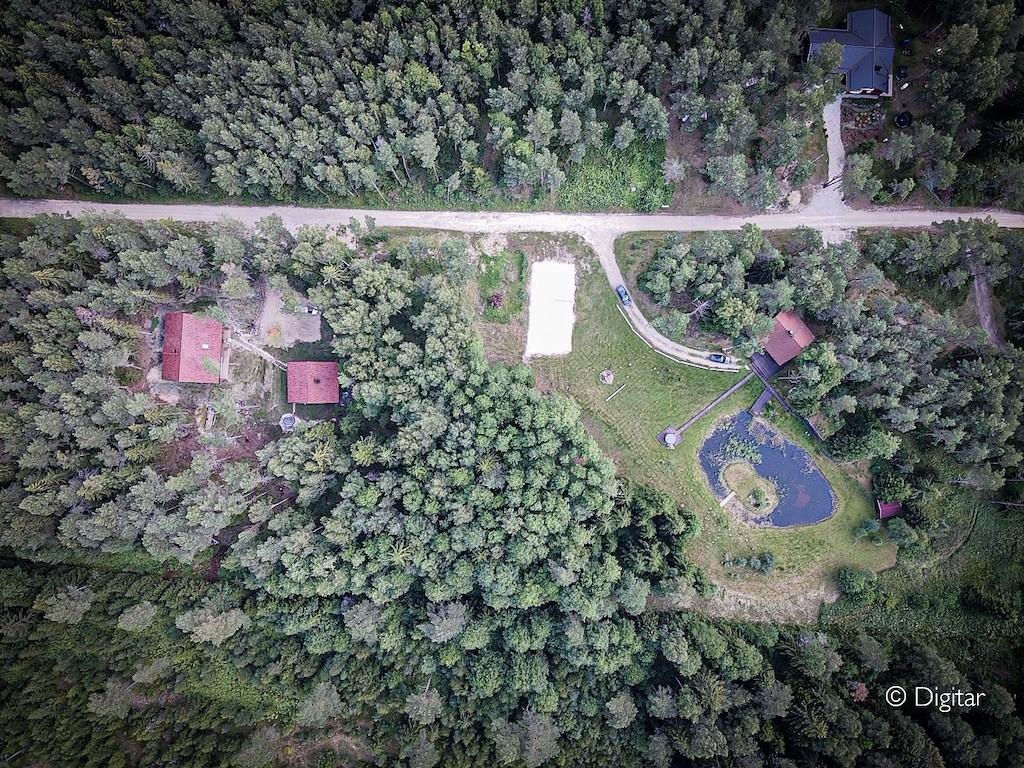 parimad puhkemajd eestis metsamaja saunaga